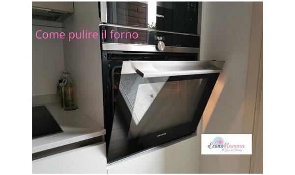 pulire il forno in modo naturale ed economico